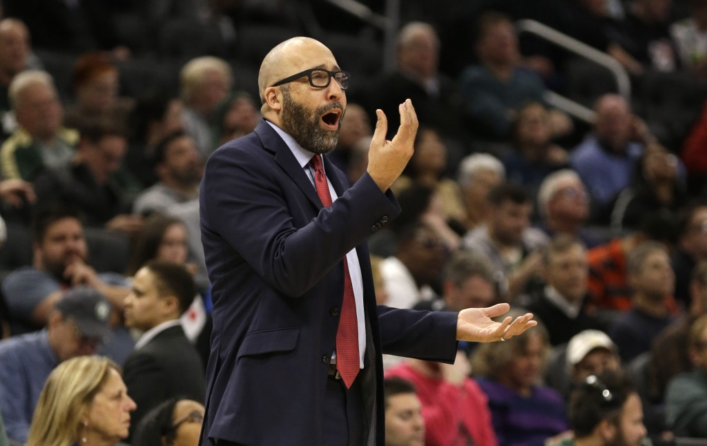New York Knicks Head coach David Fizdale argues a call during the second half of an NBA basketball game against the Milwaukee Bucks, Monday, Dec. 2, 2...
