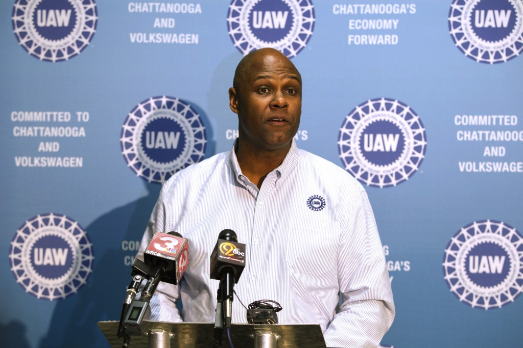 FILE - In this Dec. 4, 2015, file photo Ray Curry, a regional director of the United Auto Workers, speaks in Chattanooga, Tenn. The UAW union has repl...