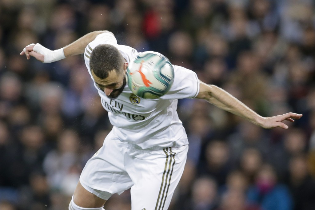 Real Madrid's Karim Benzema controls the ball during a Spanish La Liga soccer match between Real Madrid and Athletic Bilbao at the Santiago Bernabeu s...
