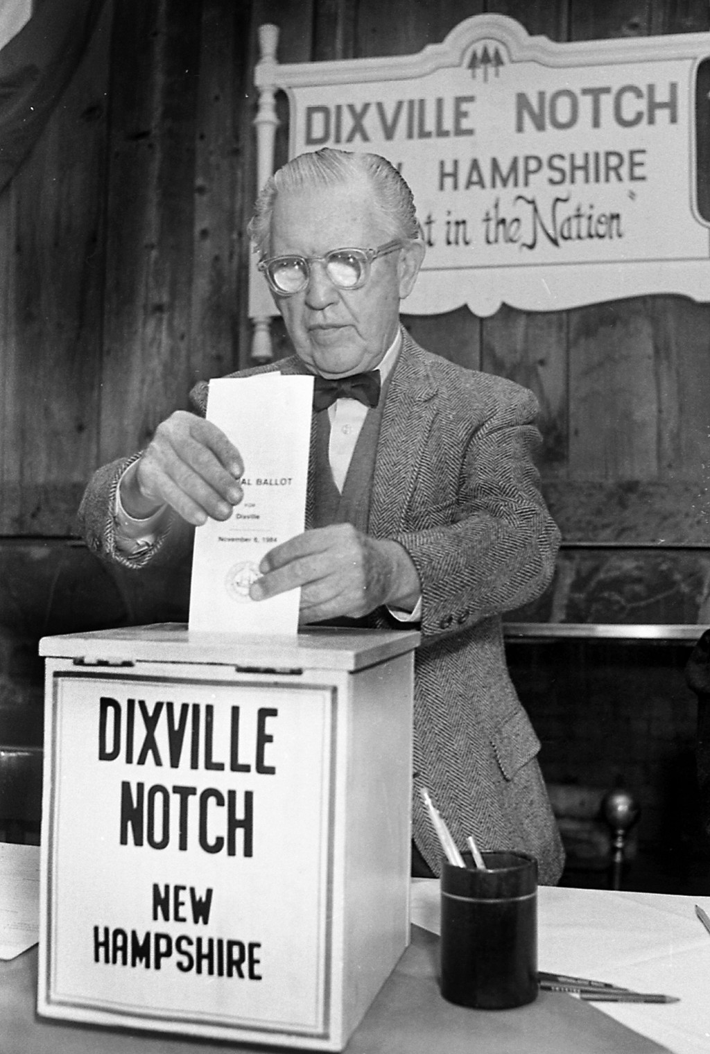 FILE - In this Feb. 28, 1984, file photo, Neil Tillotson gets ready to cast the first ballot in the New Hampshire presidential primary just after midn...