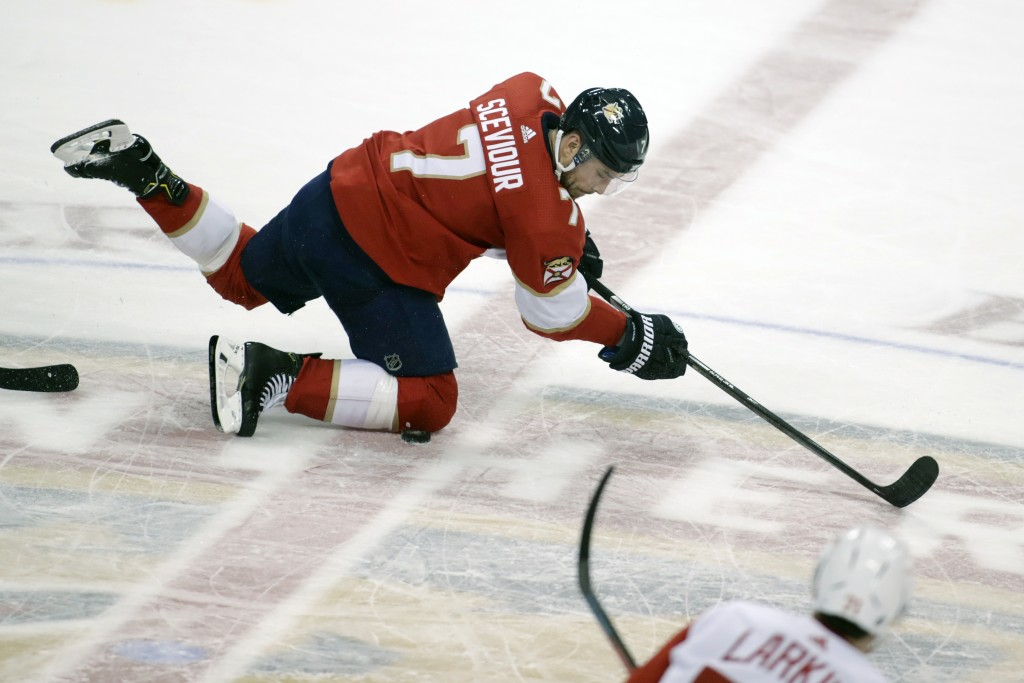 Florida Panthers' Colton Sceviour looks for the puck during the second period of an NHL hockey game against the Detroit Red Wings, Saturday, Dec. 28, ...