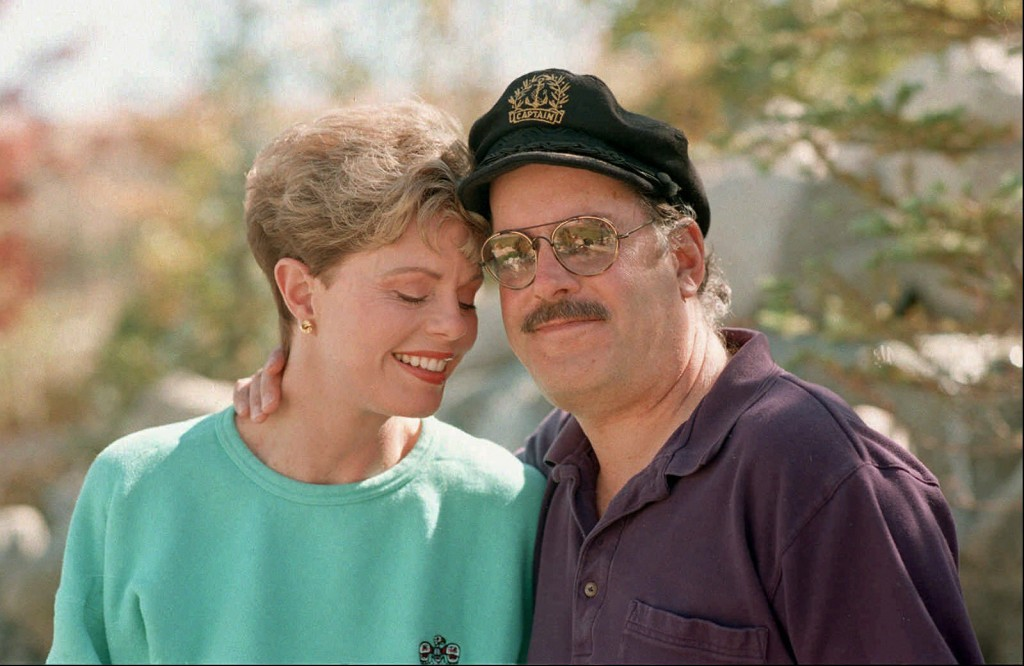 Toni Tennille, left, and Daryl Dragon, of the singing duo Captain & Tennille, pose during an interview in Washoe Valley, Nev. on Oct. 25, 1995. Dragon...