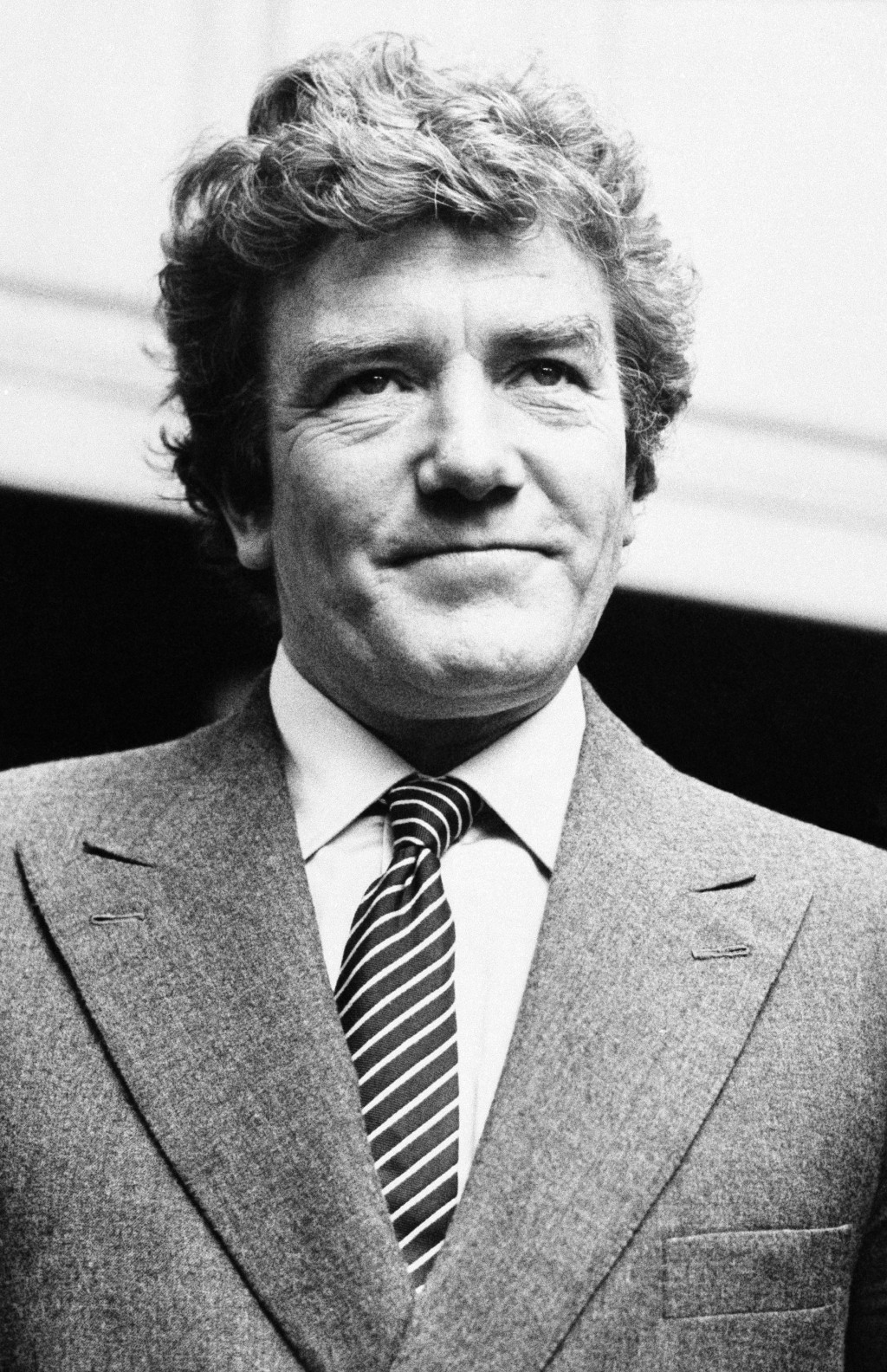 """British actor Albert Finney appears in London on Sept. 18, 1980. Finney, the Academy Award-nominated star of films """"Tom Jones,"""" """"Erin Brockovich,"""" and..."""