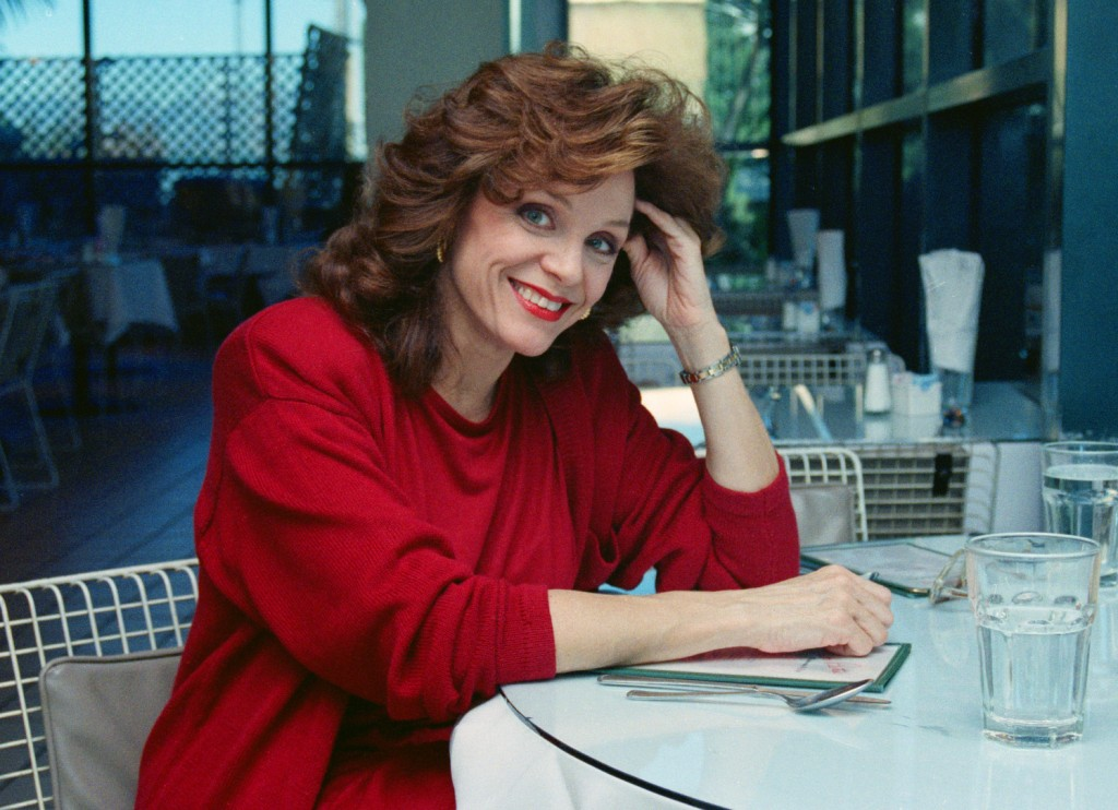 Actress Valerie Harper poses for a photo in Los Angeles on Feb. 5, 1990. Harper, who stole hearts and busted TV taboos as the brash, self-deprecating ...