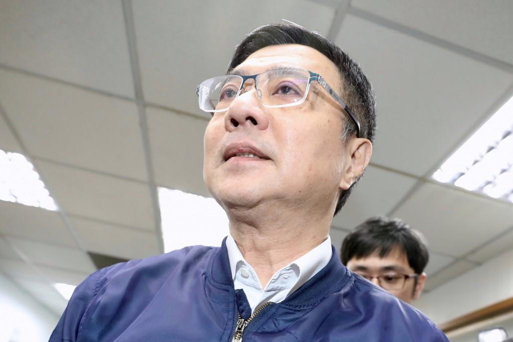 民進黨中執會22日在民進黨中央黨部舉行,黨主席卓榮 泰(前)出席會議。 中央社記者吳翊寧攝 108年5月22日