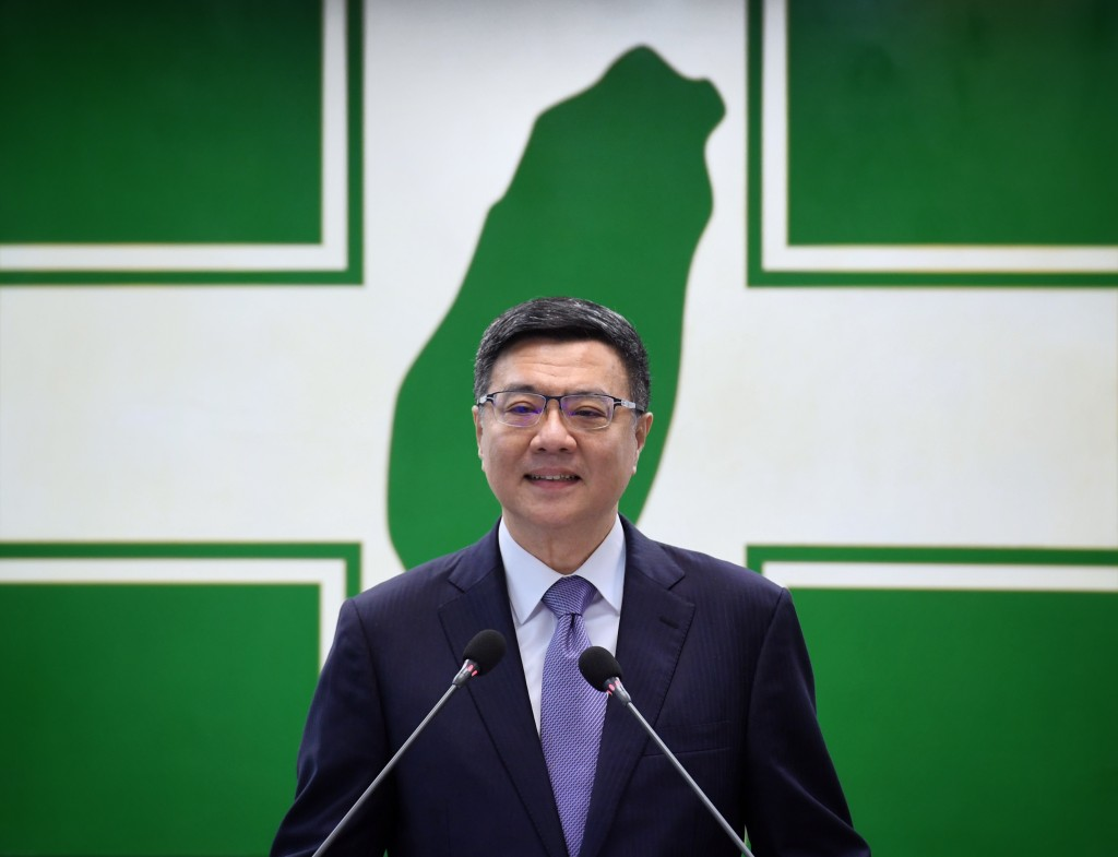 民進黨主席卓榮泰於19日中執會正式宣布總統提名人選(照片來...