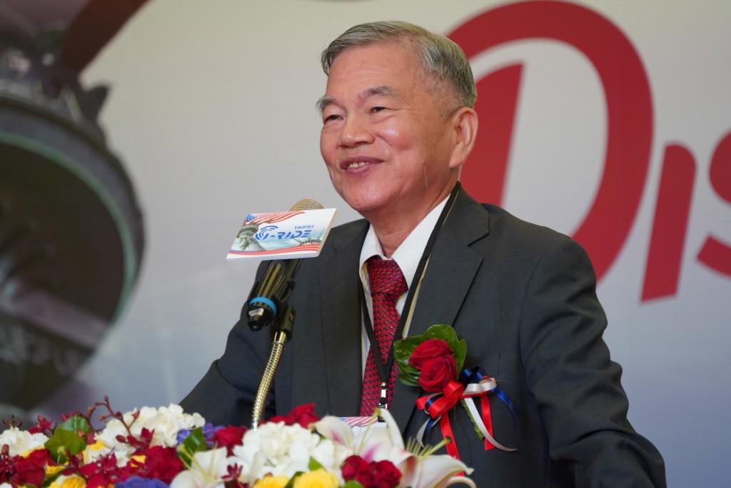 Economic Minister Shen Jong-chin (沈榮津)