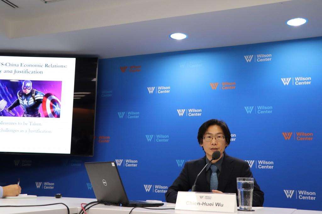 不少台商因美中貿易戰返台投資,中研院歐美所副研究員吳建輝指出,政府應吸引能為台灣提升薪資的台商,追求廉價勞工的廠商則可以前往東南亞發展。