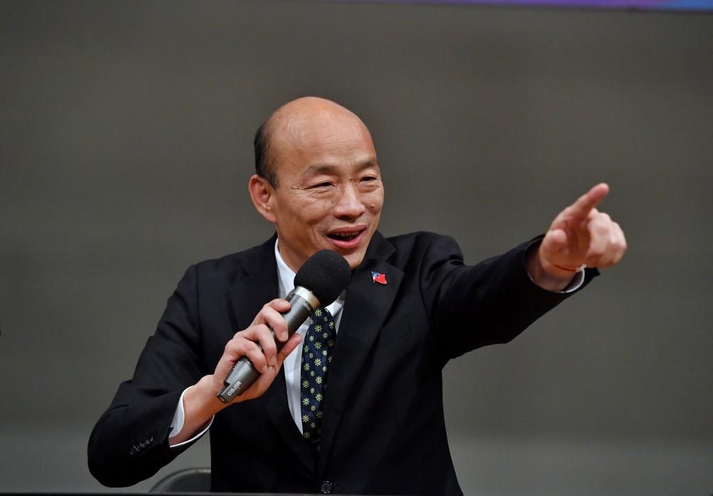 2020總統大選唯一一場公辦電視辯論會29日下午在公視 順利落幕,國民黨總統候選人韓國瑜會後出席記者會, 回應媒體記者提問。 中央社...