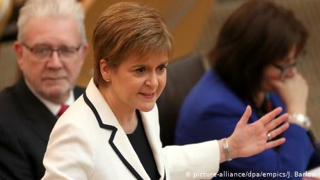 Sturgeon to create Citizens' Assembly to find indyref2 answers