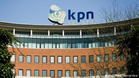 Dutch police deployed amid major phone outage