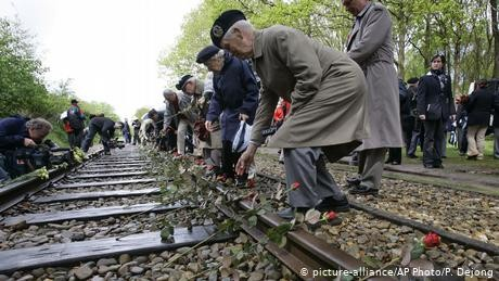 Dutch railway to compensate Holocaust survivors
