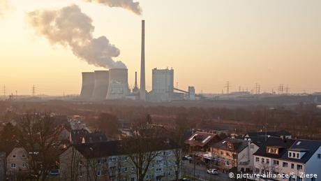 EU finance ministers call for end to fossil fuel funding