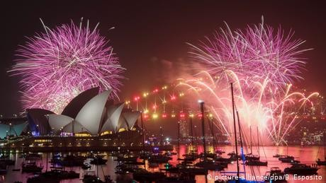 Sydney New Year's Eve fireworks to go ahead despite wildfires