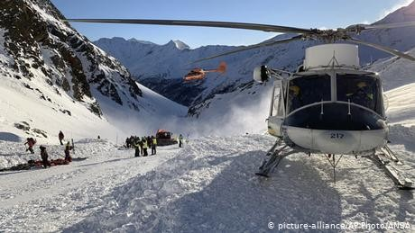 Italy: Avalanche in South Tyrol kills German woman and children