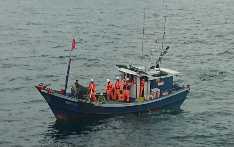 Taiwanese Coast Guard seizes a Chinese fishing boat feigning as a Taiwanese one (Photo/Coast Guard)