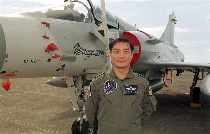 參謀總長沈一鳴曾是幻象戰機首席試飛官,專業學養俱佳,是備受肯定的軍事人才。(中央社檔案照片)