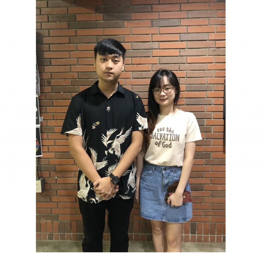 來自印尼的僑生陳麗娜(右)、劉益宏(左)就讀國立暨南國際大學,認為在臺學習最大的收穫是中文能力大幅提昇