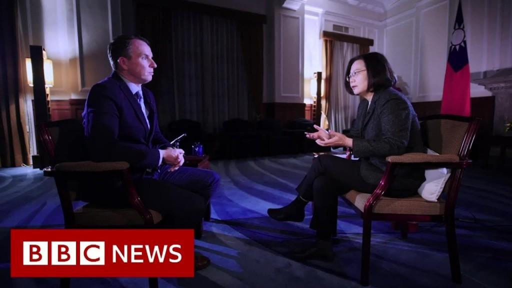 John Sudworth (left), Tsai Ing-wen (right). (BBC YouTube video screenshot