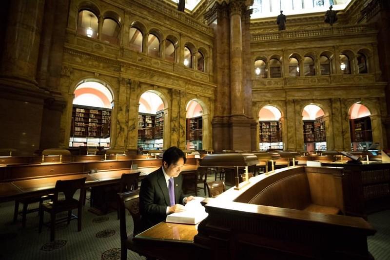 賴清德赴美期間造訪國會圖書館(圖/賴清德臉書)