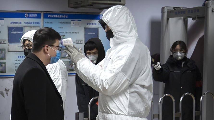 China changes counting scheme to lower Wuhan virus numbers