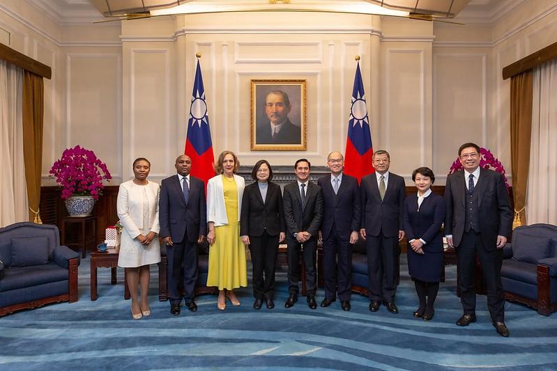 總統蔡英文18日接見友邦駐聯合國常任代表(照片來源:總統府提供)