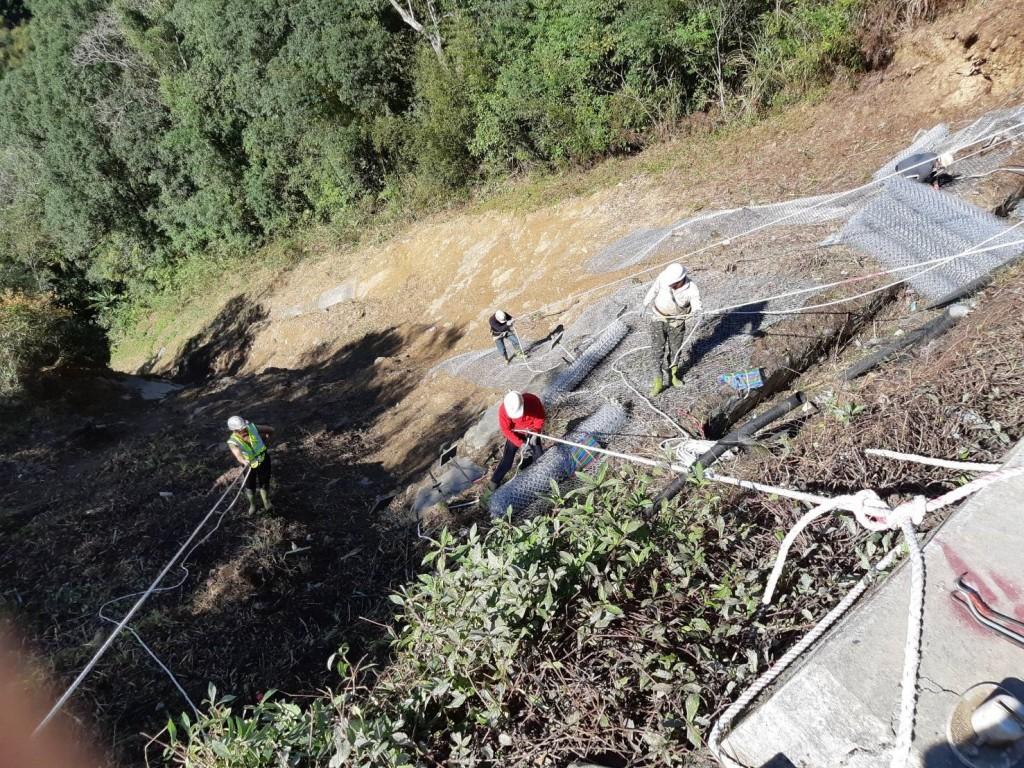 路金鼠喜,烏來區卡拉莫基道路邊坡整治完成