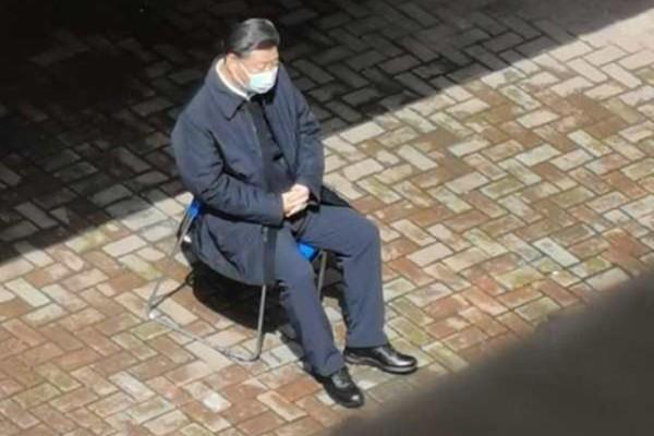 Xi Jinping in Wuhan. (Internet image)
