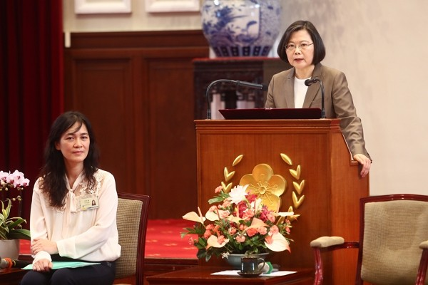 President Tsai Ing-wen addresses Taiwan's medical workers.