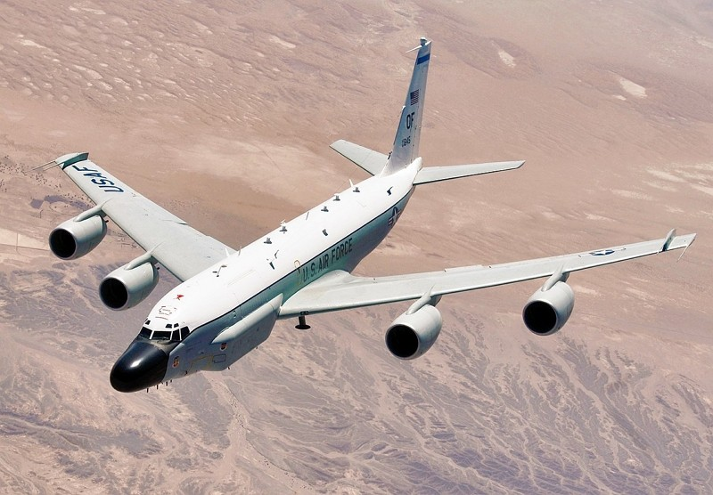 RC-135 Rivet Joint reconnaissance aircraft (Wikimedia Commons, USAir Force Master Sgt. Lance Cheung photo)