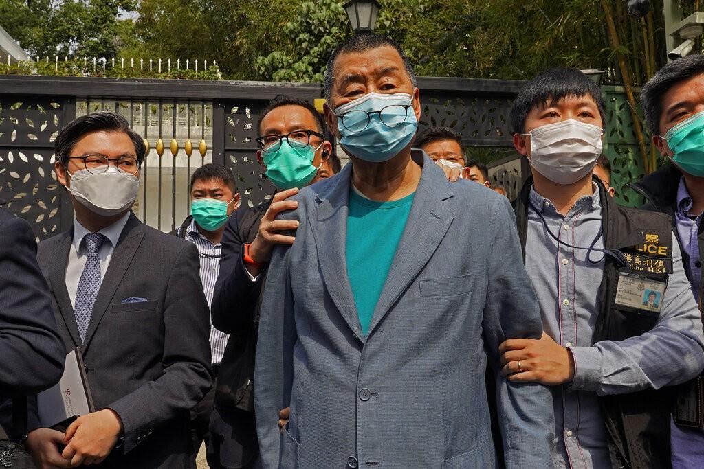 港府昨(18)日大動作拘捕15名泛民人士,指控他們涉嫌於去年8到10月間參加非法集會或遊行。圖為壹傳媒集團創辦人黎智英。(圖/美聯社)