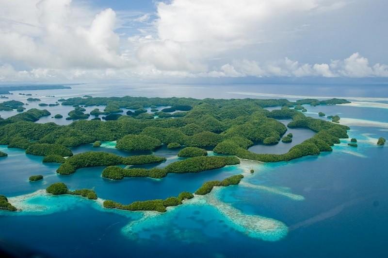 "Palau (<a data-track=""attributionNameClick"" href=""https://www.flickr.com/photos/aussieskibum/"" title=""移至 Mark Kenworthy 的所有相片"">Mark Kenworthy<..."