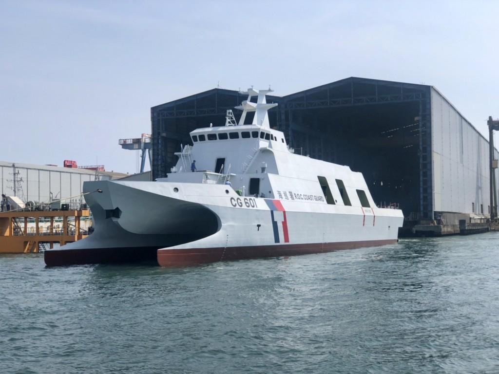 首艘600噸級「安平艦」下水。(照片來源:海洋委員會)