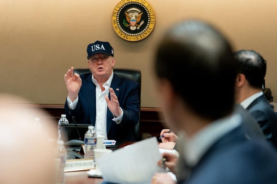 川普:「美國總統川普表示,美國握有強而有力的武漢肺炎病毒報告。」(圖/川普Facebook)