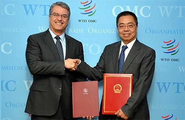 Chinese Ambassador to WTO Zhang Xiangchen (right). (WTO photo)