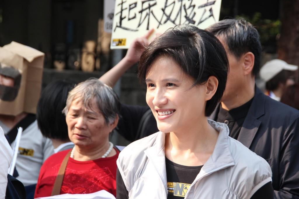 Taiwan Minister of Culture Cheng Li-chiun (鄭麗君) resigned Thursday. (Cheng, Facebook)