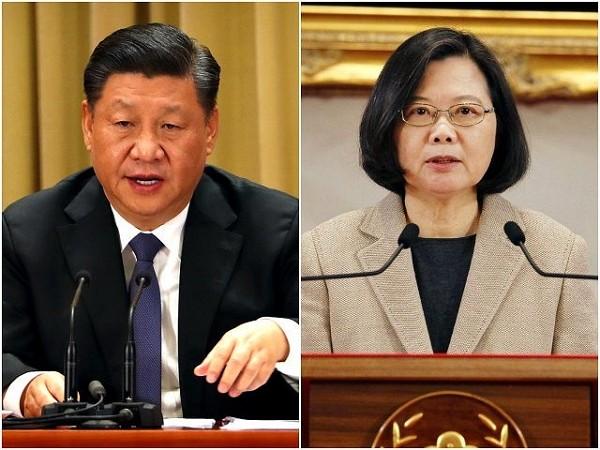 Chinese Chairman Xi Jinping (left), Taiwan President Tsai Ing-wen (right).
