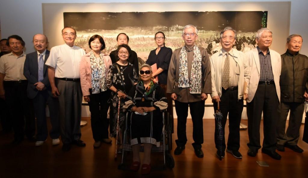台灣水墨大師李奇茂百年人生寫照 「最是人間」國父紀念館登場