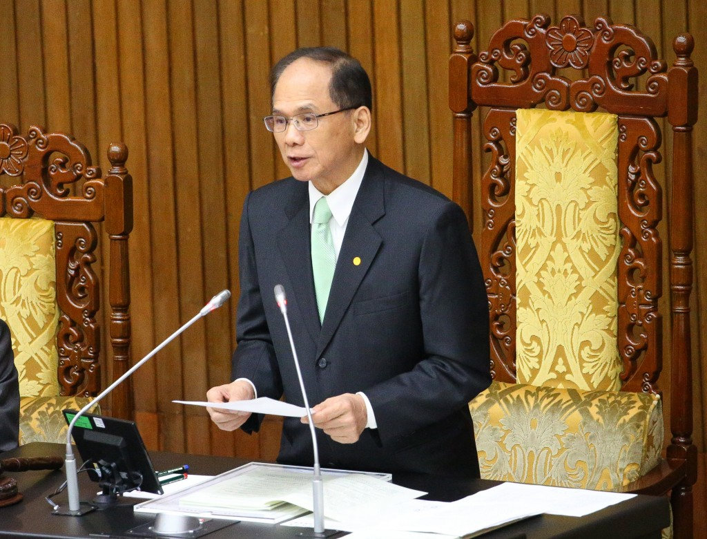 Legislative Speaker You Si-kun on May 29 reads out joint statement concerning Hong Kong issues.