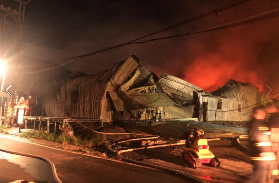 Paper Wind Mill Theatre burns downSaturday (June 6). (Paper Wind Mill Theatre photo)