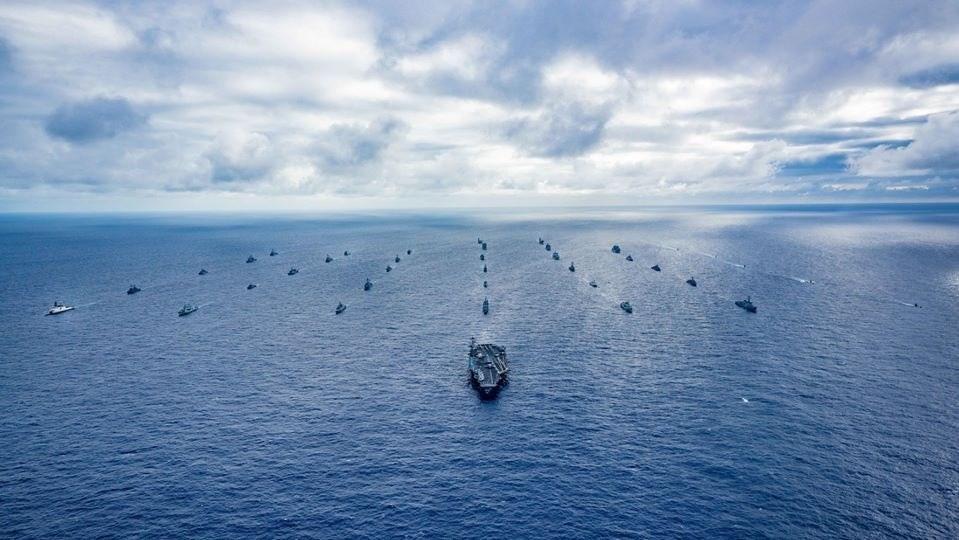 專家指出,台灣可期待以「觀察員」身分受邀參與2020年8月舉行的環太平洋軍事演習。圖為2018年環太平洋軍事演習。(圖取自facebook...