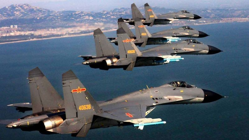 Chinese J-11 fighter jets