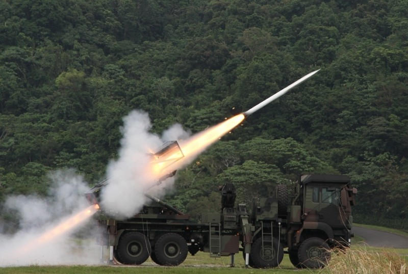 Thunderbolt-2000 weapon system (NCSIST photo)