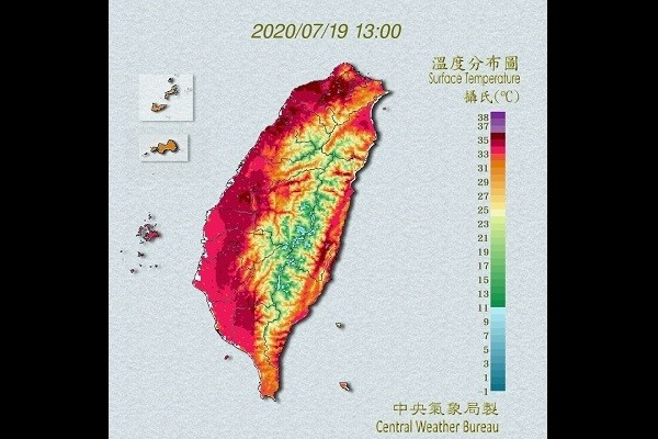CWB map of Sunday's sizzling temperatures.