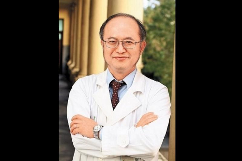 吳明賢接任臺大醫院院長