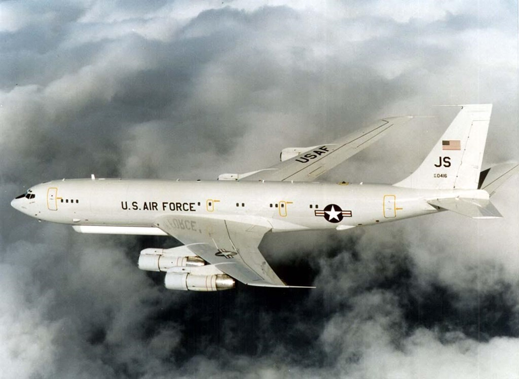 US E-8C spy plane spotted south of Taiwan