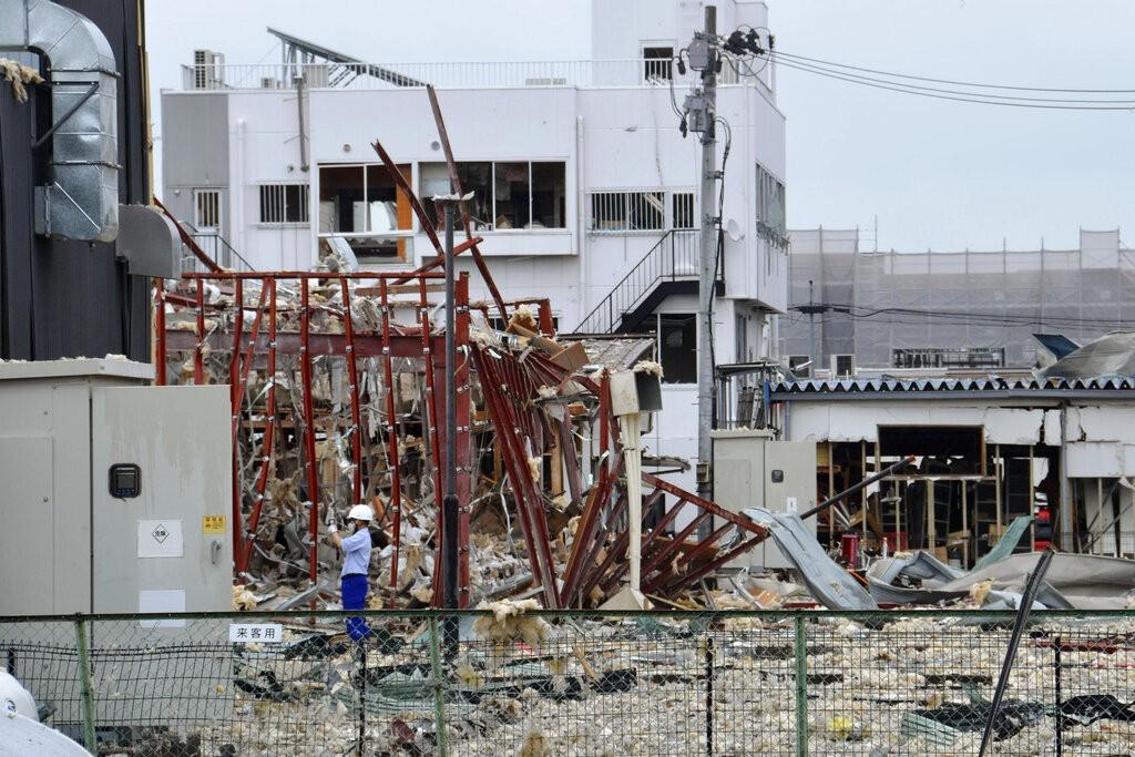 日本福島縣郡山市一間涮涮鍋店30日發生爆炸(照片來源:美聯社提供)