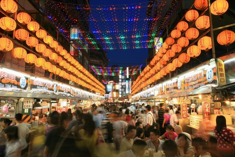 Keelung Miaokou Night Market (Tourism Bureau photo)