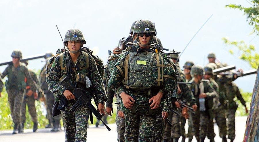 99th Marine Brigade troops. (Military News Agency)