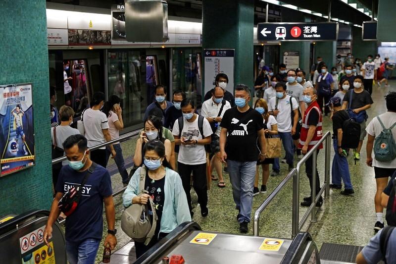 圖為香港一處地鐵站 (美聯社)